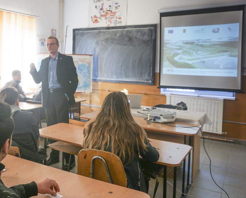 """Workshop """"Lecţia despre inundaţii"""""""